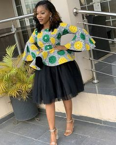 ankara mode We are here with the new collection of latest 2019 Beautiful Ankara Styles. these are fashionable ideas of 2020 Creative Ankara styles that Short African Dresses, Latest African Fashion Dresses, African Inspired Fashion, African Print Dresses, African Print Fashion, Ankara Mode, Ankara Stil, Beautiful Ankara Styles, Ankara Styles For Women