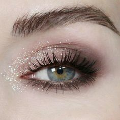 A soft, shimmery, feminine look with a soft, muted Smokey eye underneath ❤