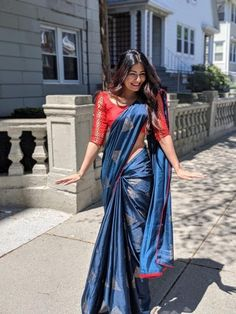 Best 12 Saree Indian Women's Designer DarkBlue Ethnic Saree With Fentom Silk Blouse DF – SkillOfKing.Com Best 12 Saree Indian Women's Designer DarkBlue Ethnic Saree With Fentom Silk Blouse DF – SkillOfKing. Saree Blouse Neck Designs, Fancy Blouse Designs, Trendy Sarees, Stylish Sarees, Indian Designer Outfits, Indian Outfits, Designer Dresses, Seda Sari, Mode Bollywood