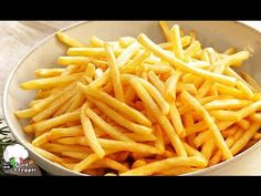Eating French Fries Could Kill You! Fried Potato Chips, Fried Potatoes, Kfc, Italian Recipes, New Recipes, Kitchen Recipes, Cooking Recipes, Perfect French Fries, Crispy French Fries