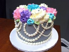 The White Flower Cake Shoppe Buttercream Decorating, Easy Cake Decorating, Decorating Ideas, Pretty Cakes, Beautiful Cakes, Cake Pictures, Cake Pics, Buttercream Techniques, White Flower Cake Shoppe
