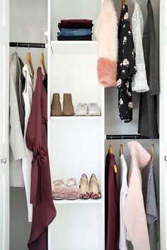Black, white, burgundy and pink for a weekend getaway. Tips for packing using a color palette.