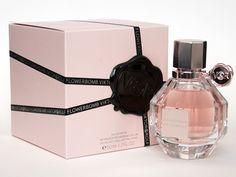 Es un  perfume seductor, con el cual ningún hombre podrá resistirse a tus encantos, a base de jazmín, flor del naranjo africano, rosa, orquídea, almizcle y pachulí. http://www.entrebellas.com/6-fragancias-que-no-puedes-dejar-de-usar/