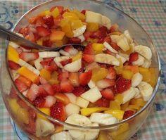 Receita de Salada de frutas gostosa. Enviada por Michele e demora apenas 10 minutos.