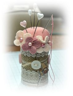 A Little Space of My Own: Spool pin cushion