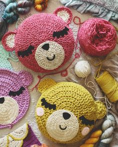 Trendy Crochet Patterns For Beginners Rug Ideas Crochet Home, Love Crochet, Crochet Dolls, Crochet Baby, Crochet Pillow Pattern, Crochet Cushions, Crochet Patterns, Yarn Crafts, Diy And Crafts