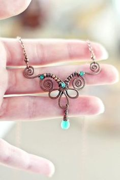 Wire wrapping is one of the oldest techniques for making handmade jewelry. As a matter of fact, wire and beaded jewelry made using wire wrapping techn. Copper Jewelry, Wire Jewelry, Jewelry Crafts, Beaded Jewelry, Handmade Jewelry, Jewellery, Handmade Wire, Handmade Necklaces, Wire Necklace