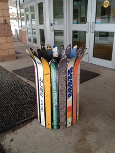Now THIS is how you trash your old skis.