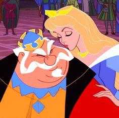 Sleeping Beauty Princess Aurora and King Hubert Walt Disney, Disney Family, Disney Love, Disney Magic, Sleeping Beauty Maleficent, Disney Sleeping Beauty, Disney And Dreamworks, Disney Pixar, Disney Characters