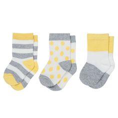Sweet little socks for teeny tiny toes. Marimekko Keikkua Newborn Socks - $20