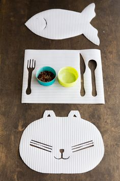 DIY Kittie Kat Place Mat - DIY Craft Kits, Monthly Craft Projects, Supplies, Subscription Box | Whimseybox