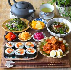 Japanese Food Dishes, Fun Cooking, Cooking Recipes, Asian Cookbooks, Asian Recipes, Healthy Recipes, Food Obsession, Aesthetic Food, Light Recipes