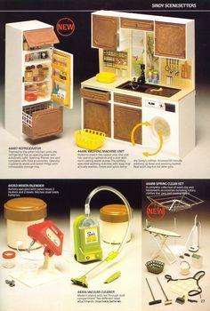 The 80's | sindy kitchen,  blender, vaccuum, etc.