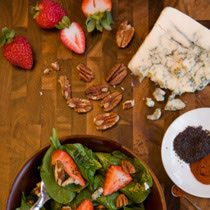 Strawberry and Spinach Salad with Red Wine Vinaigrette