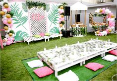 A Pretty Pink and Green Tropical Pool Party for Ellie - Pool party decorations - Pool Party Themes, Pool Party Decorations, Birthday Party Themes, Tropical Theme Parties, Party Ideas, Flamingo Birthday, Flamingo Party, Tropical Pool, Tropical Decor