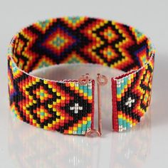Black Diamonds Bead Loom Bracelet Artisanal Jewelry от PuebloAndCo