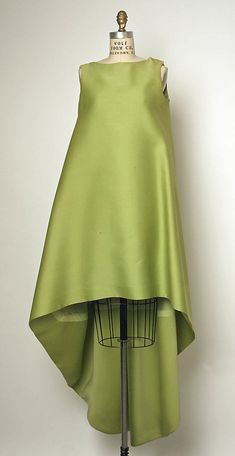 Evening dress  House of Balenciaga  (French, founded 1937)  Designer: Cristobal Balenciaga (Spanish, 1895–1972) Date: 1967 Culture: French Medium: silk (?)