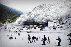snow fall in manali Holiday Destinations In India, Shimla, Hill Station, Tourist Spots, Trekking, Climbing, Serenity, Places To Visit, Tours