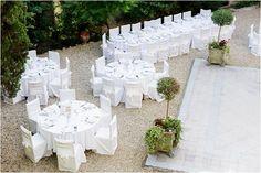 Outdoor wedding at Chateau de Mauriac|Image by Ian Holmes