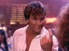 Patrick Swayze ... I willnever get tired of seeing this scene. With that look ... dangerous!!!