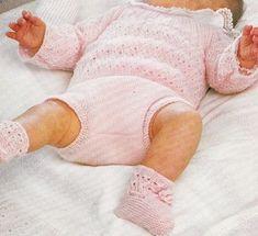 Extrait de tricots chics 1985 - Ensemble rose ajouré.pdf