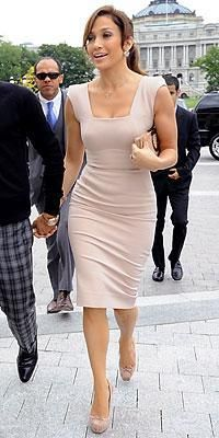 Who made Jennifer Lopez's pink dress, pink shoes and clutch that she at a meeting with Nancy Pelosi in Washington D.C? Dress – Victoria Beckham Collection Shoes – Christian Louboutin Purse – Salvatore Ferragamo
