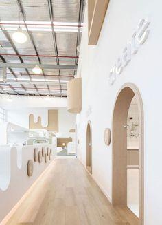 """Exercise your imagination"": NUBO play centre Interior Desing, Cafe Interior, Interior Architecture, Chinese Architecture, Futuristic Architecture, Kindergarten Interior, Kindergarten Design, Daycare Design, School Design"