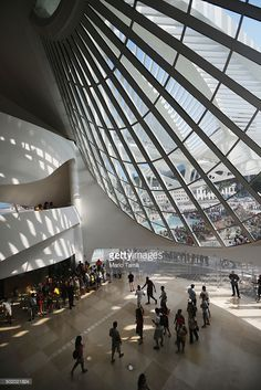 People gather at the opening day of the Museum of Tomorrow, designed by Spanich architect Santiago Calatrava, in the port district on December 2015 in Rio de Janeiro, Brazil. The museum is. Get premium, high resolution news photos at Getty Images Water Architecture, Futuristic Architecture, Amazing Architecture, Architecture Design, Santiago Calatrava, Doha, Phuket, Innovation, New Museum
