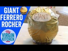 It's time for another giant food, this time it is the turn of the giant ferrero rocher! The ambassadors reception is being spoiled for sure! Great for a party food idea too! Giant Chocolate, Chocolate Hazelnut, Giant Food, Ferrero Rocher, Eclairs, Recipe Box, Nutella, Snack Recipes, Crowd