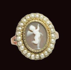Georgian 15ct Rose Gold Cherub Cameo And Split Pearl Ring.