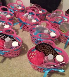 Goodie baskets for kid's spa party!cute idea for spa party. Kids Spa Party, Sleepover Birthday Parties, Girl Sleepover, Birthday Party For Teens, 13 Birthday, Birthday Gifts, Paris Birthday, Bachelorette Parties, Sleepover Games