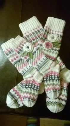 Knitting Socks, Knit Socks, Scandinavian Pattern, Knit Crochet, Crochet Hats, Alondra, Short Socks, Warm Autumn, Mori Girl