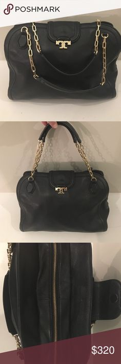 "TORY BURCH leather shoulder bag Soft black leather w/ gold tone hardware, logo at front flap, tonal stitching, dual leather & chain link shoulder straps, black logo print lining, 3 interior pockets, single interior pocket w/ zip closure. Zippered & magnetic snap closure at front flap. Shoulder strap drop 7"". This bag is in excellent condition with very minor wear. 100% Authentic Tory Burch Bags Shoulder Bags"