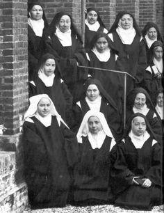 Ste Thérèse et les sœurs carmelites
