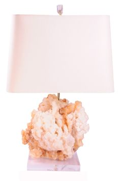love this: coral mineral lamp Interior Lighting, New Homes, Table Lamp, Coral, Shapes, Interior Design, Oui, Pink, Mineral