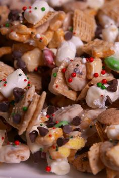 No Elf On The Shelf Can Resist This No-Bake Mischief Munch