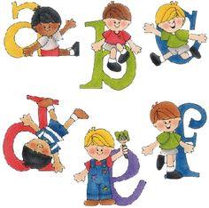Este abecedario de niños para imprimir  está en dividido en varias imagenes para imprimirlo y recortar las letras una a una. Niños jugando a...