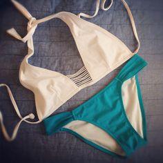 Hello Fashion turquoise and white bikini