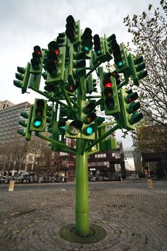 Traffic Light Tree, Canary Wharf, London, London