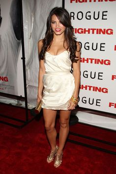 """Actress Jenna Dewan attends the premiere of """"Fighting"""" at the Regal Union Square Stadium 14 on April 2009 in New York City. Couture Fashion, Girl Fashion, Fashion Outfits, Cool Girl Style, Style Me, Jenna Dewan Hair, Gorgeous Women, Beautiful People, Luscious Hair"""