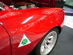 Alfa Romeo Junior, Alfa Romeo Gta, Racing Stripes, Ferrari, Lamborghini, Bugatti, Cars For Sale, Race Cars, Luxury