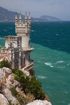 Castle on the sea... ohhh...