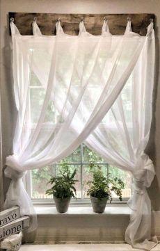 Farmhouse Window Treatments, Decor, Curtain Decor, Curtains Living Room, Farmhouse Living, Farm House Living Room, Country House Decor, Farmhouse Windows, Rustic Farmhouse Decor