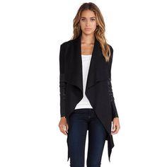 49,90EUR Jacke asymmetrisch schwarz mit Lederärmeln