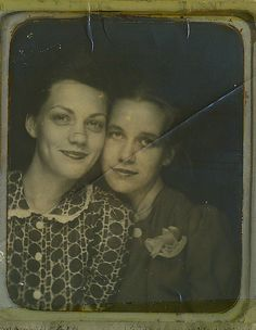 ** Vintage Photo Booth Picture **   Sisters or maybe best friends
