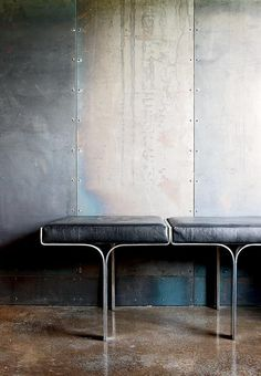 Industrial chic - metal panels, polished concrete floors and great seat detail too. Interior Architecture, Interior And Exterior, Modern Furniture, Furniture Design, Furniture Nyc, Furniture Companies, Furniture Stores, Cheap Furniture, Design Industrial
