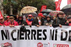 Manuel Robles ha acompañado a los trabajadores de Coca-Cola en la manifestación celebrada en Madrid este sábado. http://comunicacion.ayto-fuenlabrada.es/?p=1808