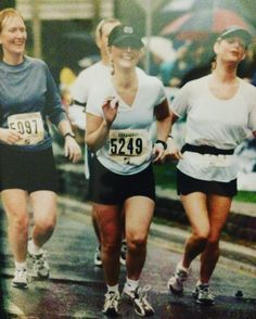 #tbt to my second half marathon ever back in 2001. I look like I'm dancing not running! No wonder this was my slowest half ever. #lifeofarunner #runchat #CIM #runchat #instarunners #liveactive #livethegoodlife #enjoylife