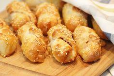 Två små kök: Gifflar med ost och skinka, Sveriges svar på calzone?
