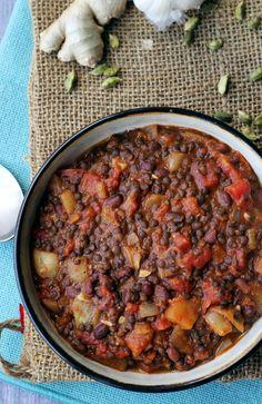 Dal Makhani (Black Lentils with Rich Tomato Sauce)